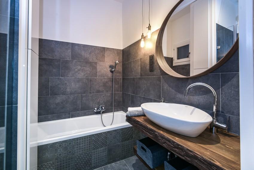 Arezzo design mosdó, mintás betonhatású burkolatokkal