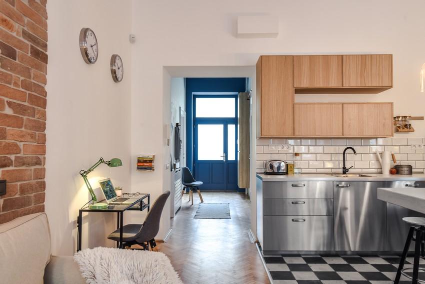 Modern egyedi konyha fém színű bútorok