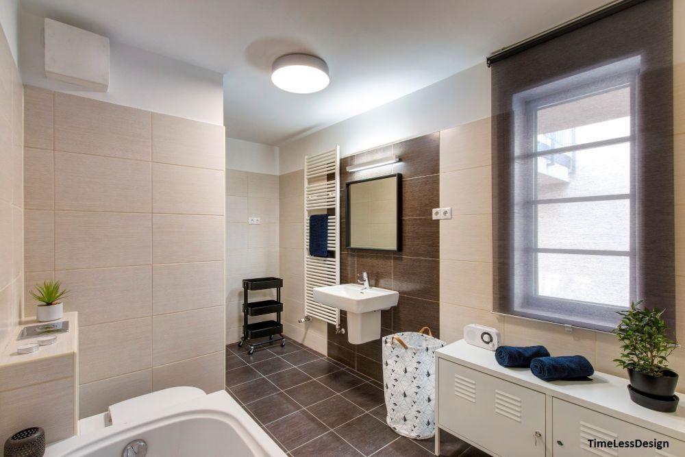 Semleges színű fürdőszoba berendezés