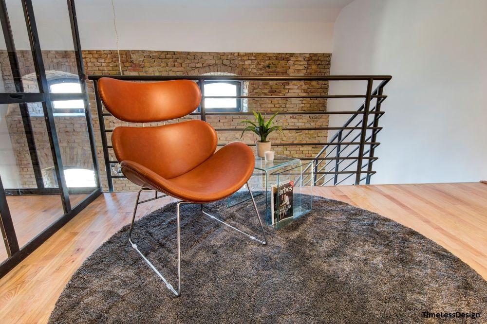 Design fotel loft lakás galériáján