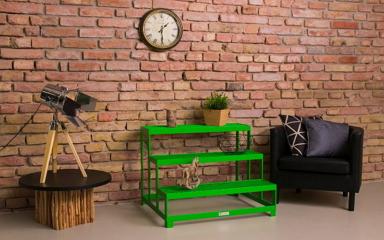 Új szereplő a hazai design bútorok világában