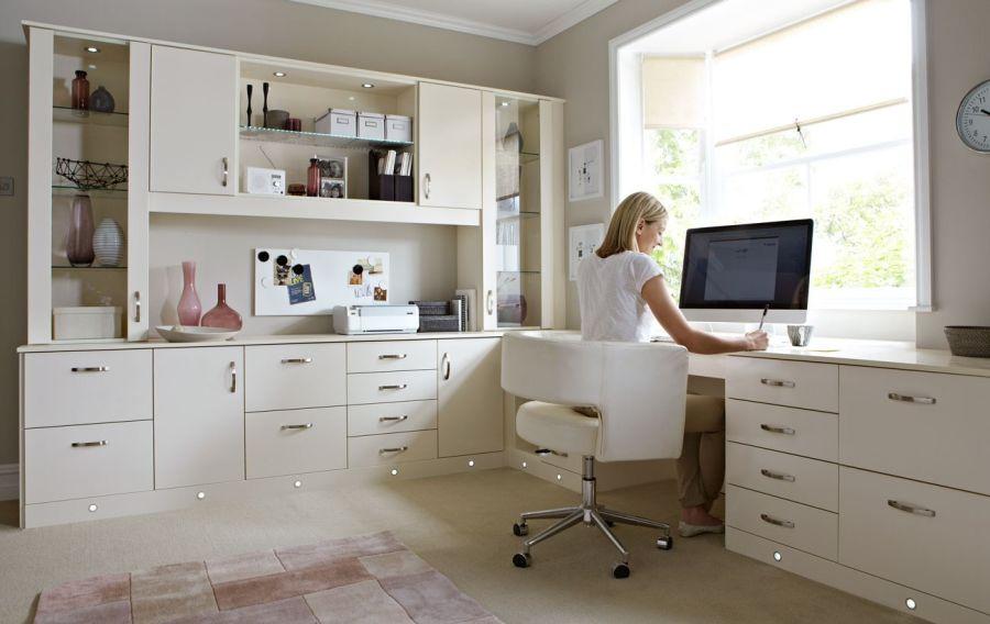 Otthoni iroda egyedi bútorokkal