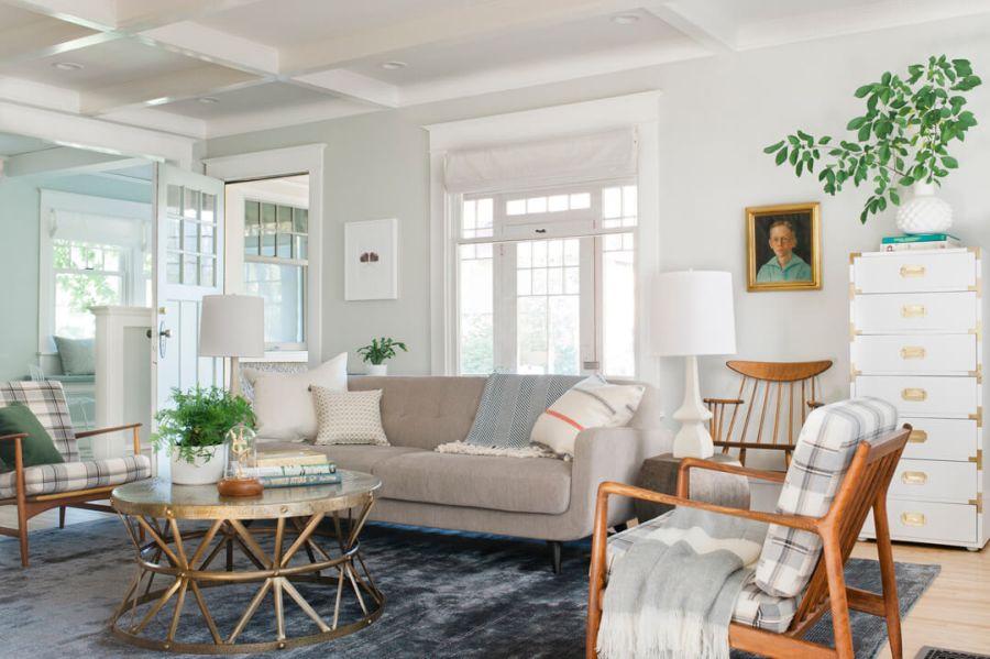 Emily Henderson lakberendező pasztell nappali