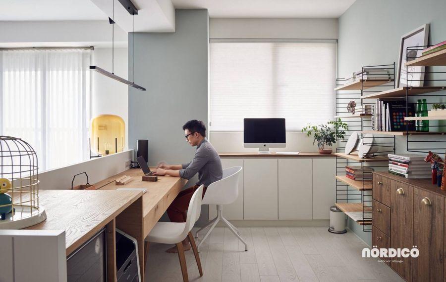 Kétszemélyes otthoni munkaállomás