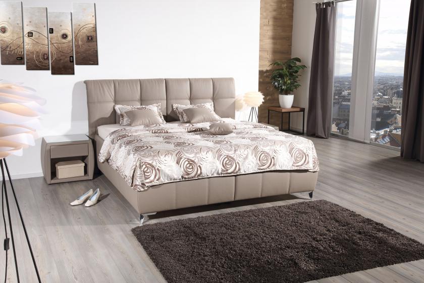 Opera ágy