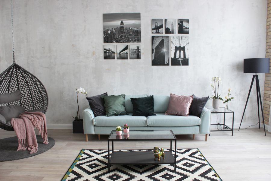 Halványzöld kanapé