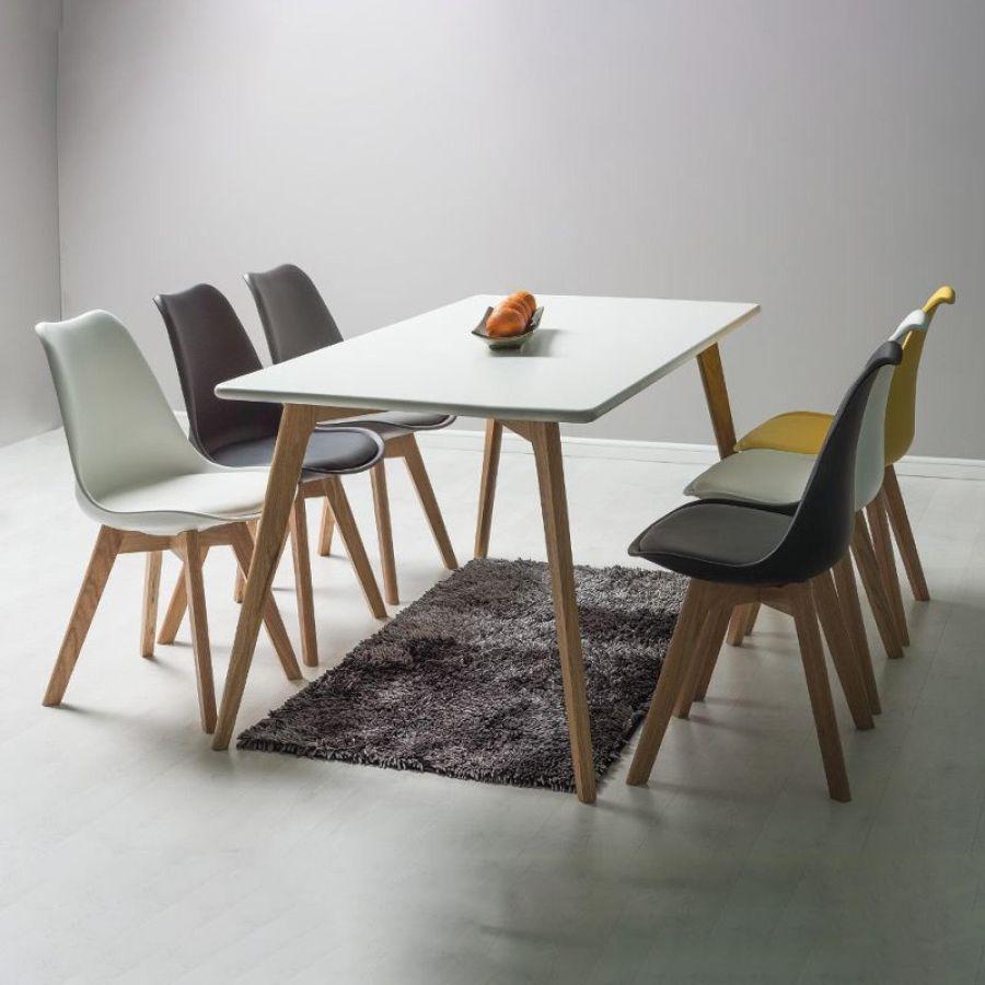 Skandináv stílusú étkezőasztal