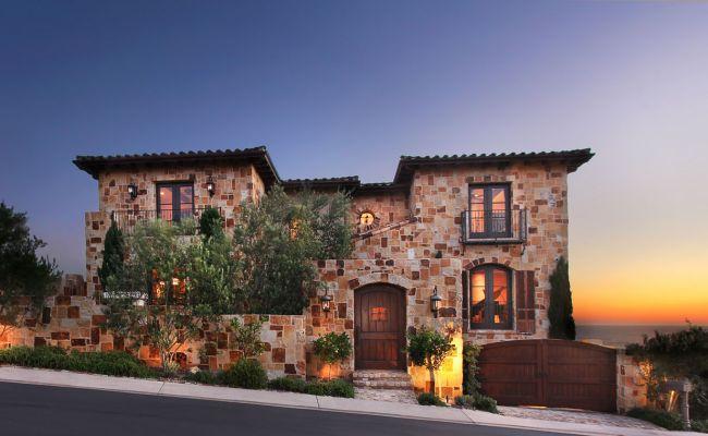 Mediterrán ház kőhomlokzat