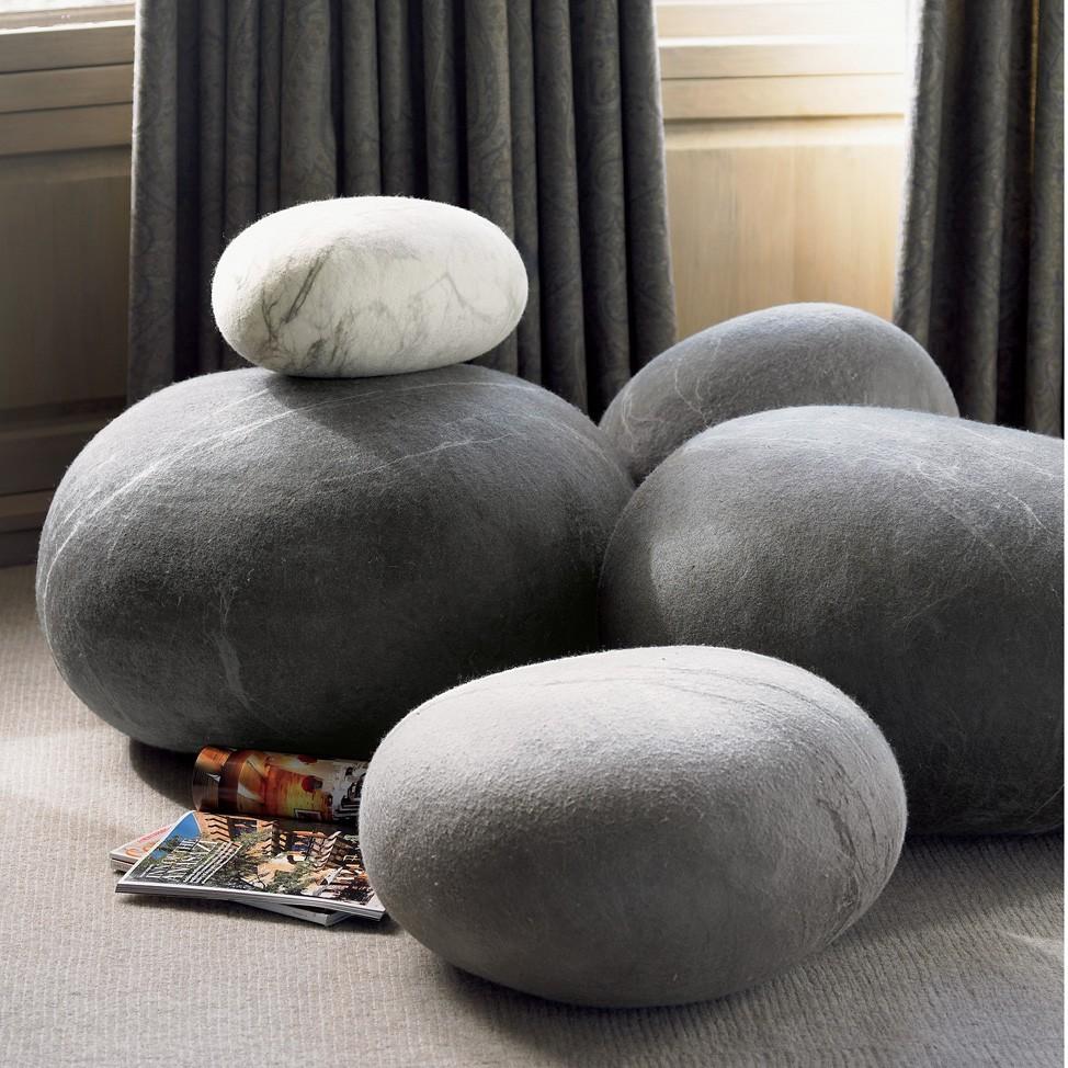 Vidám kő alakú párnák