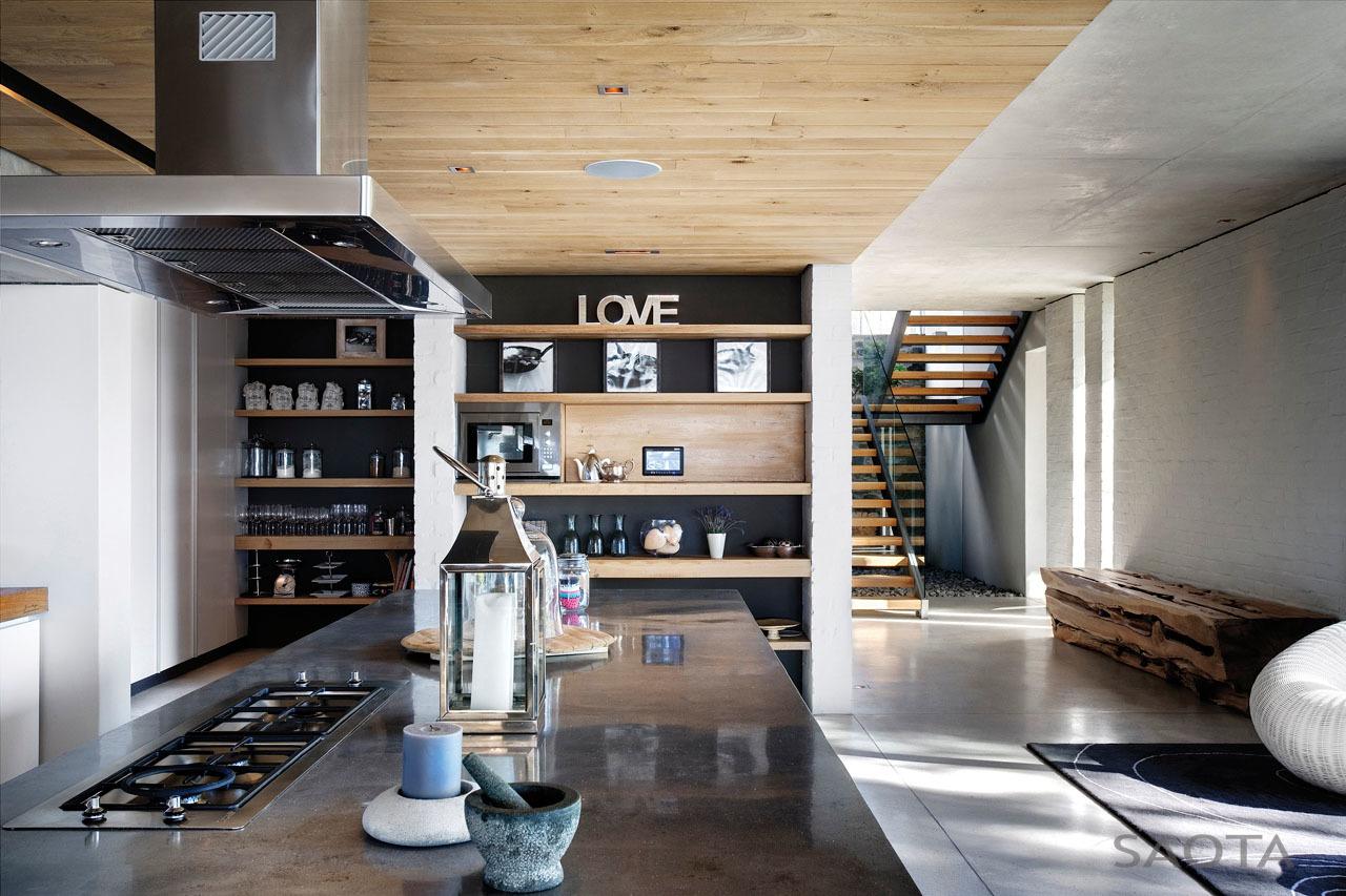 Nagy méretű modern trendi konyhabútor