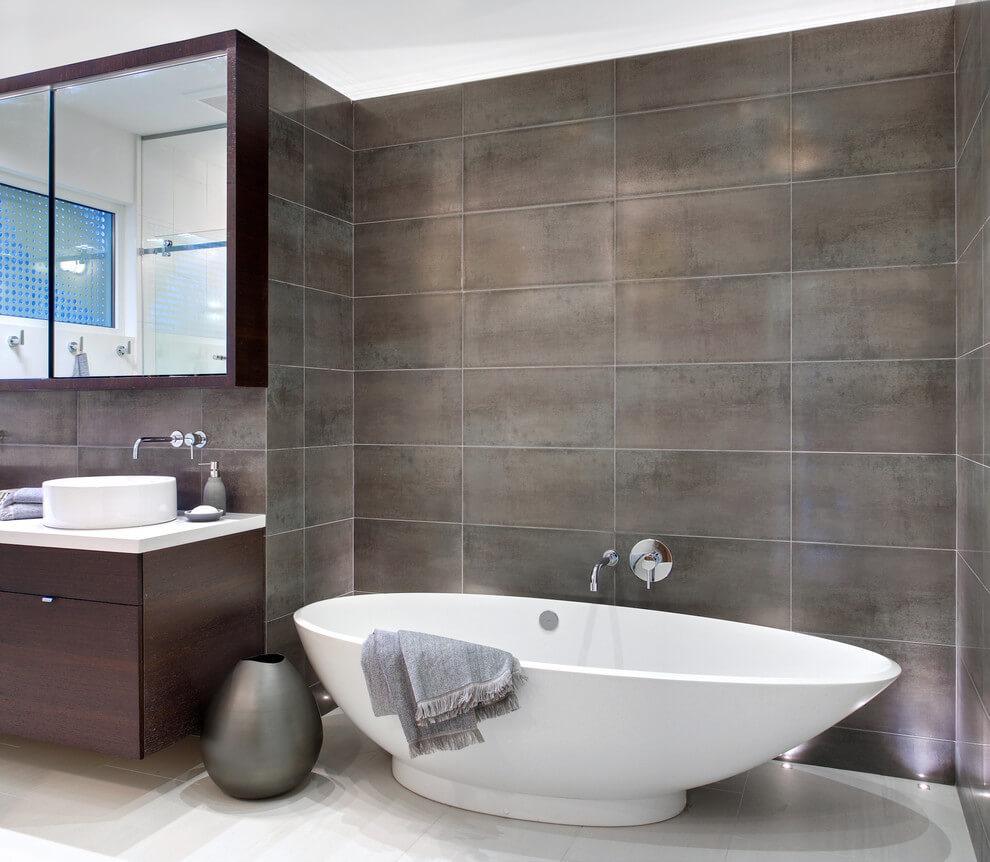 Kanadai ház minimalista fürdőszobája