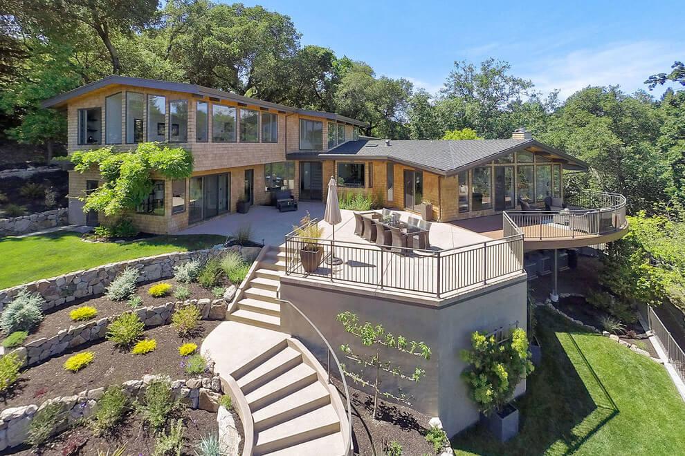 Kaliforniani ház terasszal