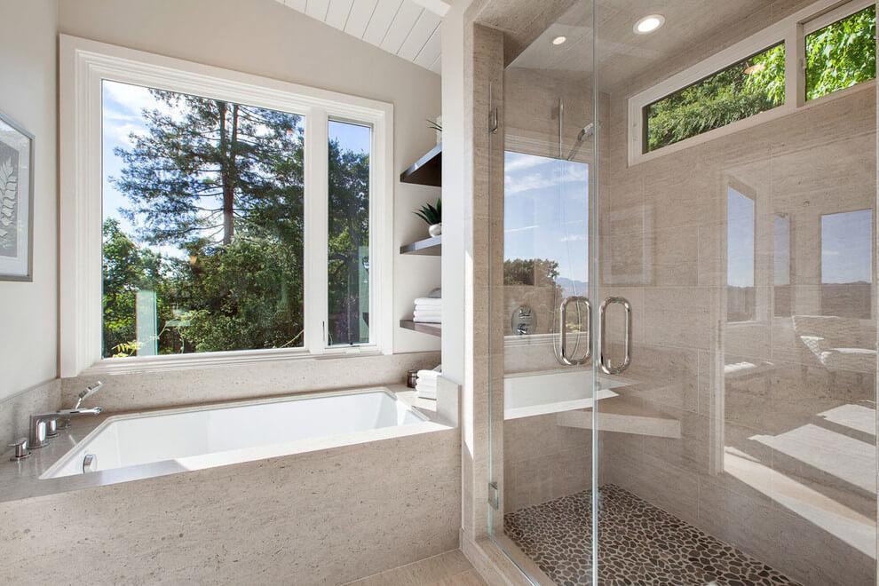Fürdőszoba natúr színekkel