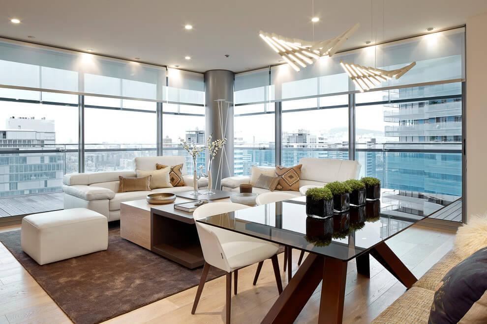 Kis alapterületű luxuslakás az 55. emeleten