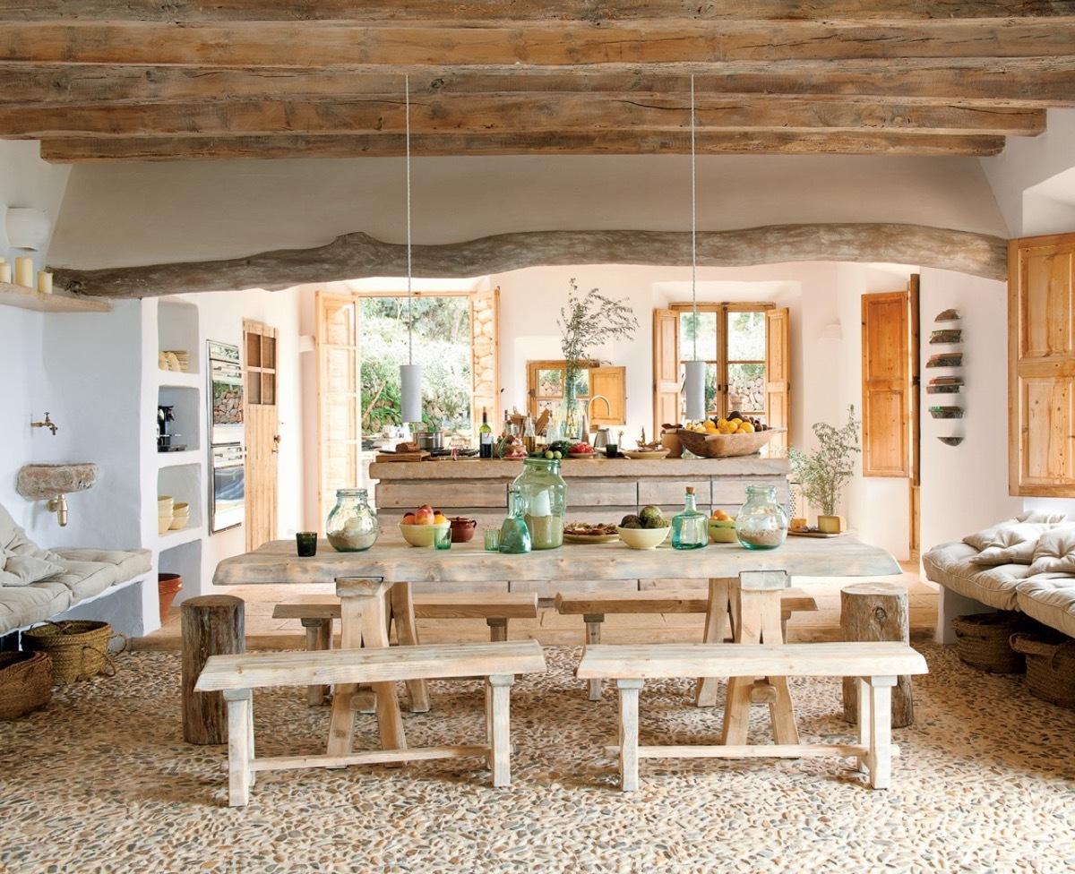 Fantasztikus mediterrán étkező tömörfa padokkal