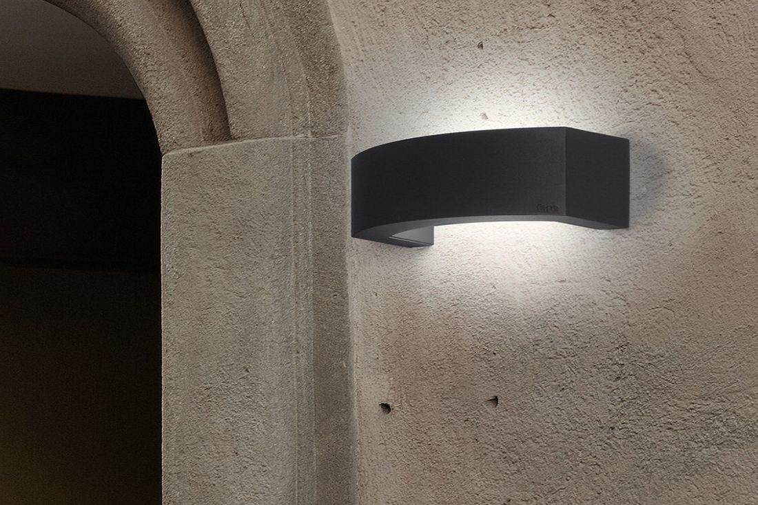FARO - ÁNCORA: Falikar, a sejtelmes fények kedvelőinek, szuper homlokzati világítás eleme lehet