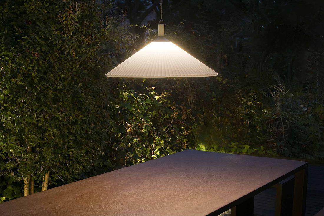 FARO - HUE: Már rég szeretnél egy jó kis belógatós lámpát a teraszon?