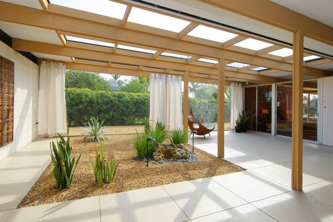 Letisztult belső kert kialakítás