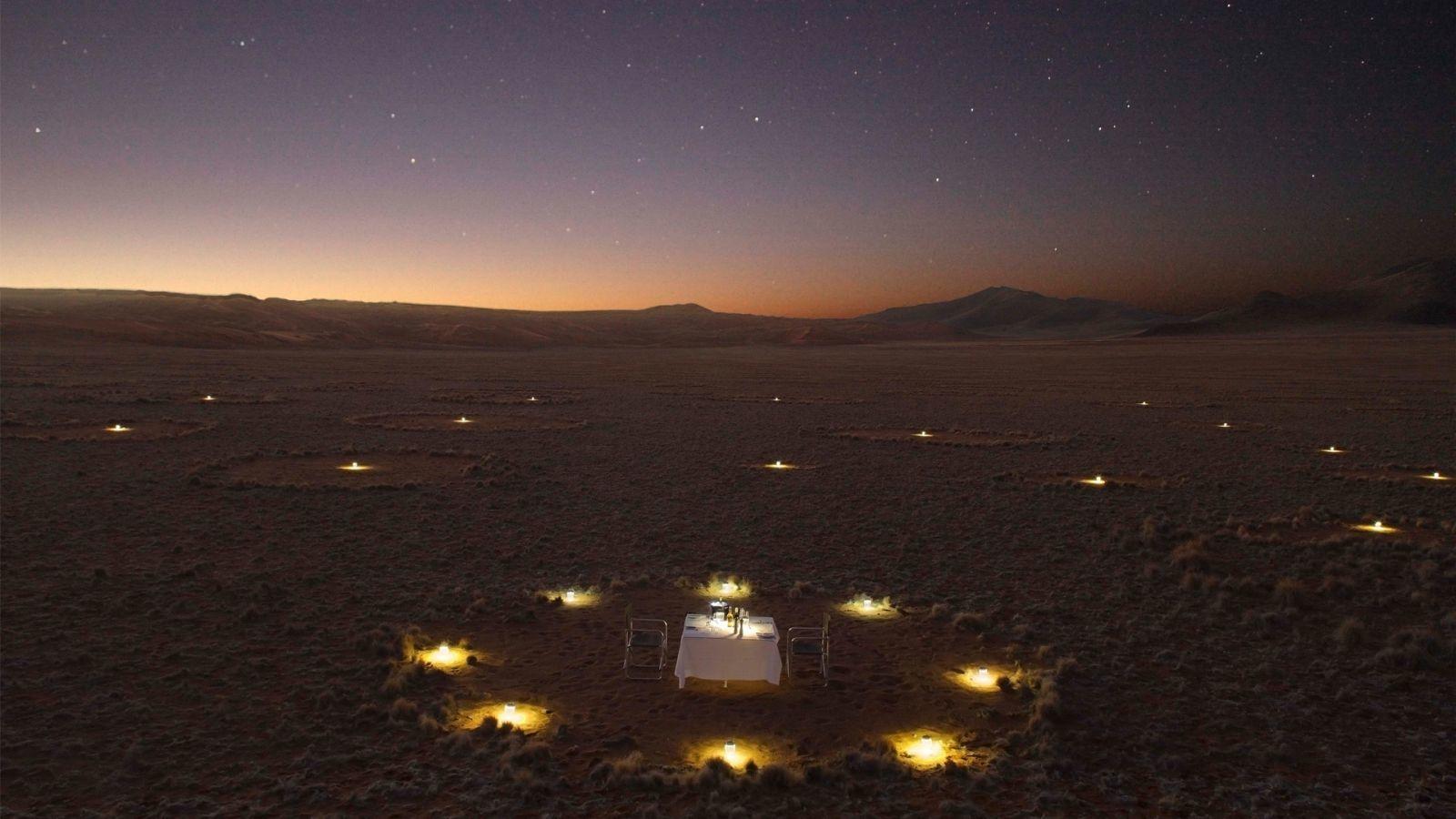 Ha kell a sivatagban is megterítenek a vacsorához