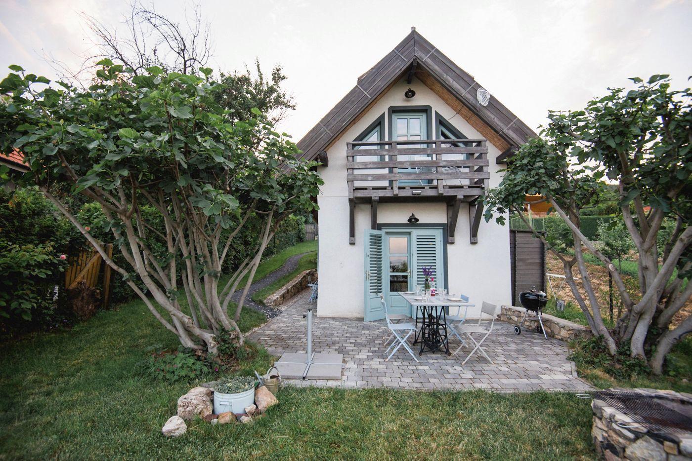 Kilátás a Balatonra - Noemi's Cottage Balatongyörök
