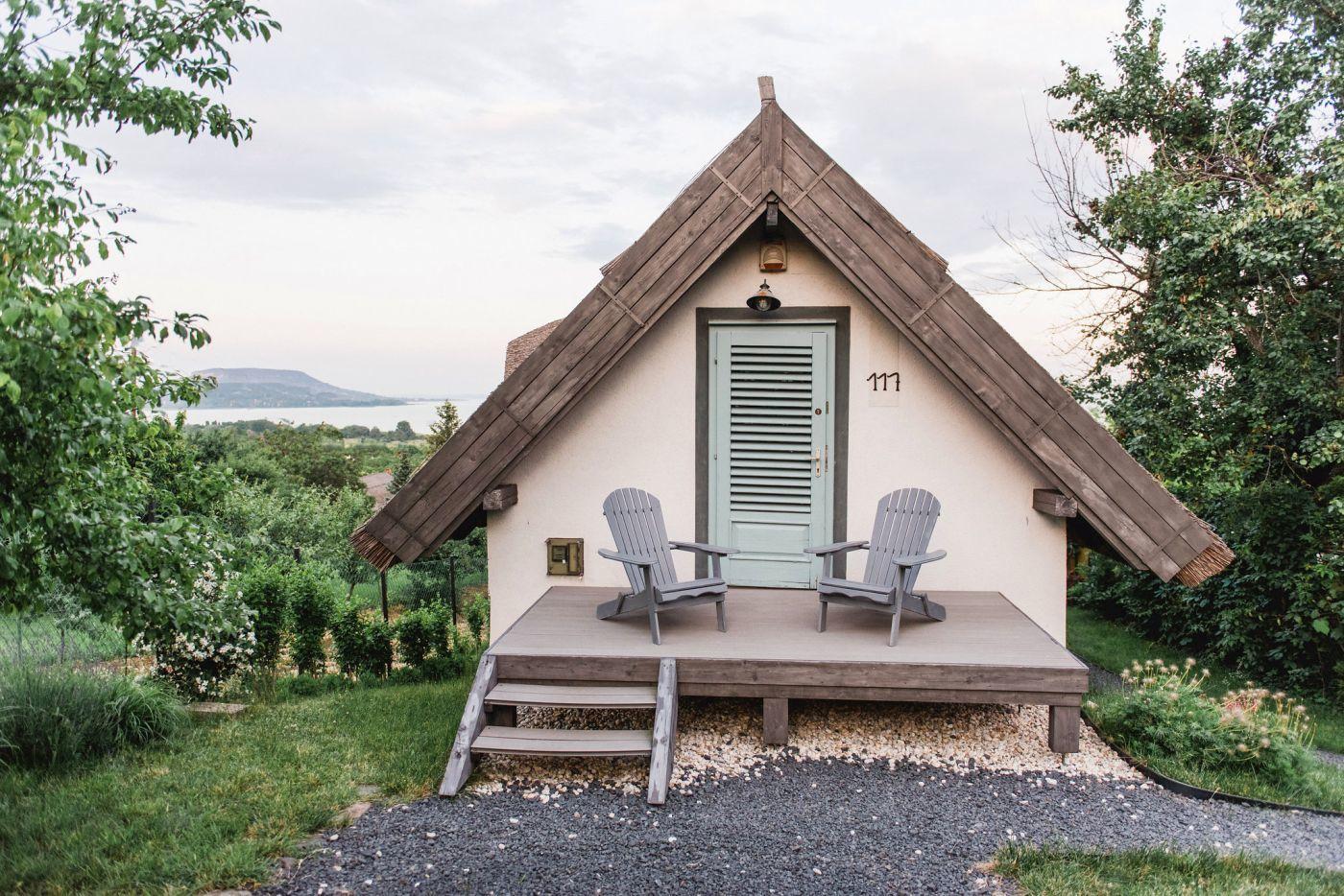 A hátsó terasz - Noemi's Cottage Balatongyörök