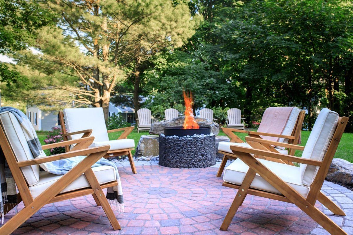Igazi relax hangulat a tűztál körül