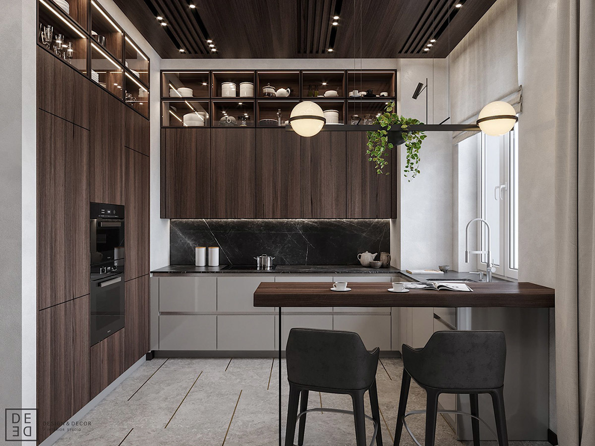 Mennyezetig érő konyhabútor, legfelül üvegezett elemekkel