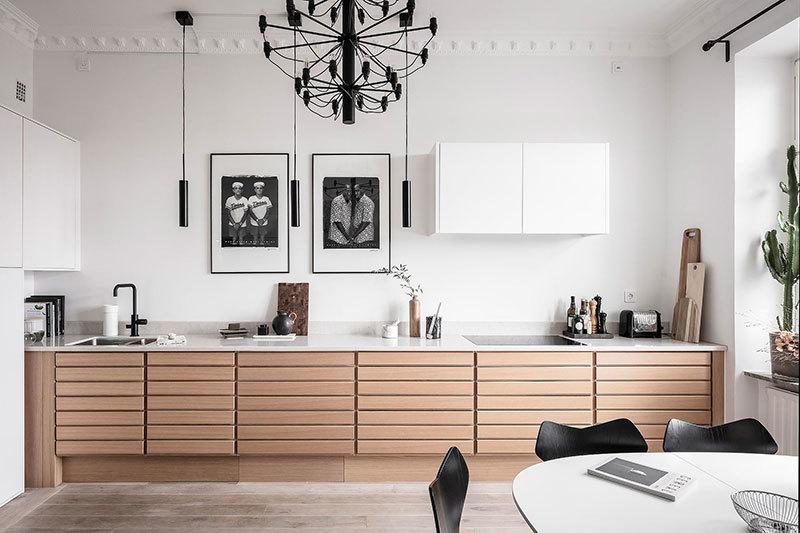 Fekete-fehér képek a konyha falán