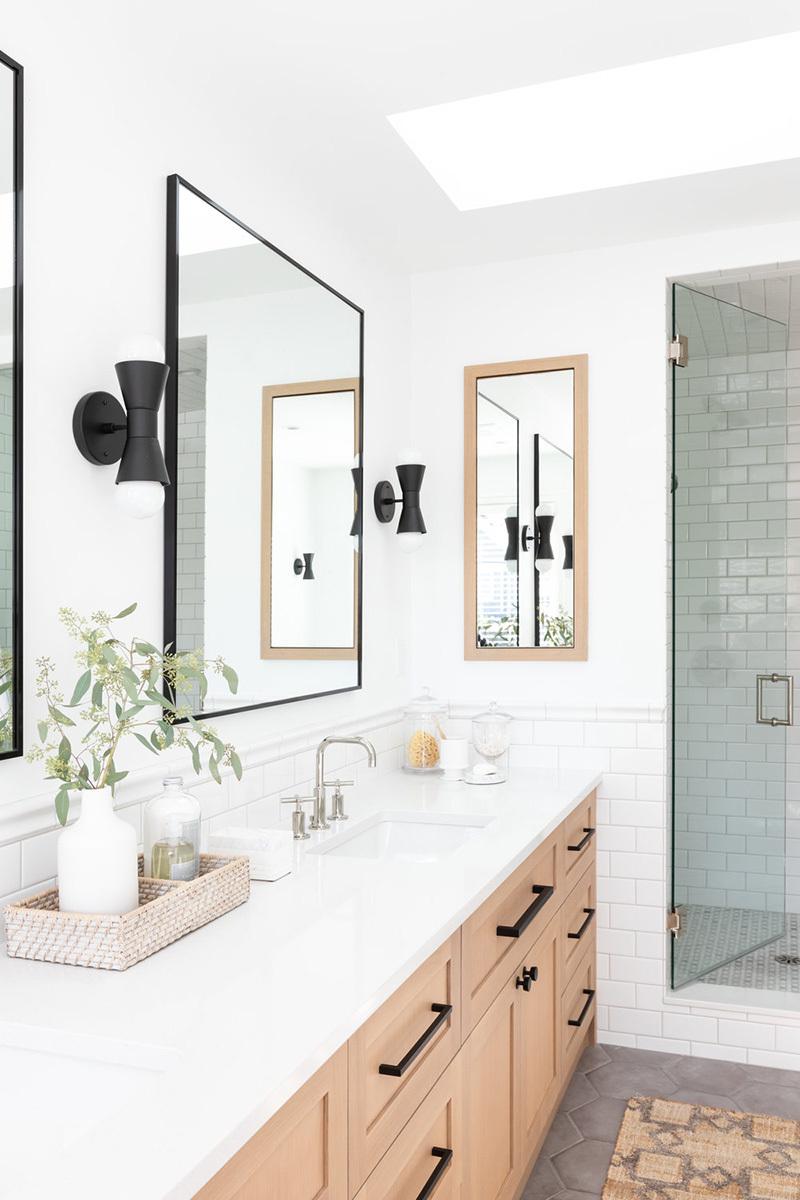 Faltól-falig fürdőszoba bútor