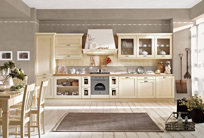 Nyír színű klasszikus konyhabútor