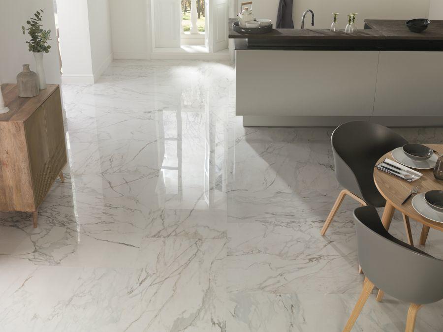 Elegáns márvány mintás nappali