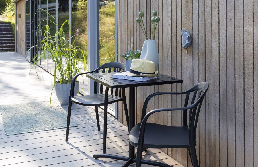 Kültéri szék és asztal erkélyre is