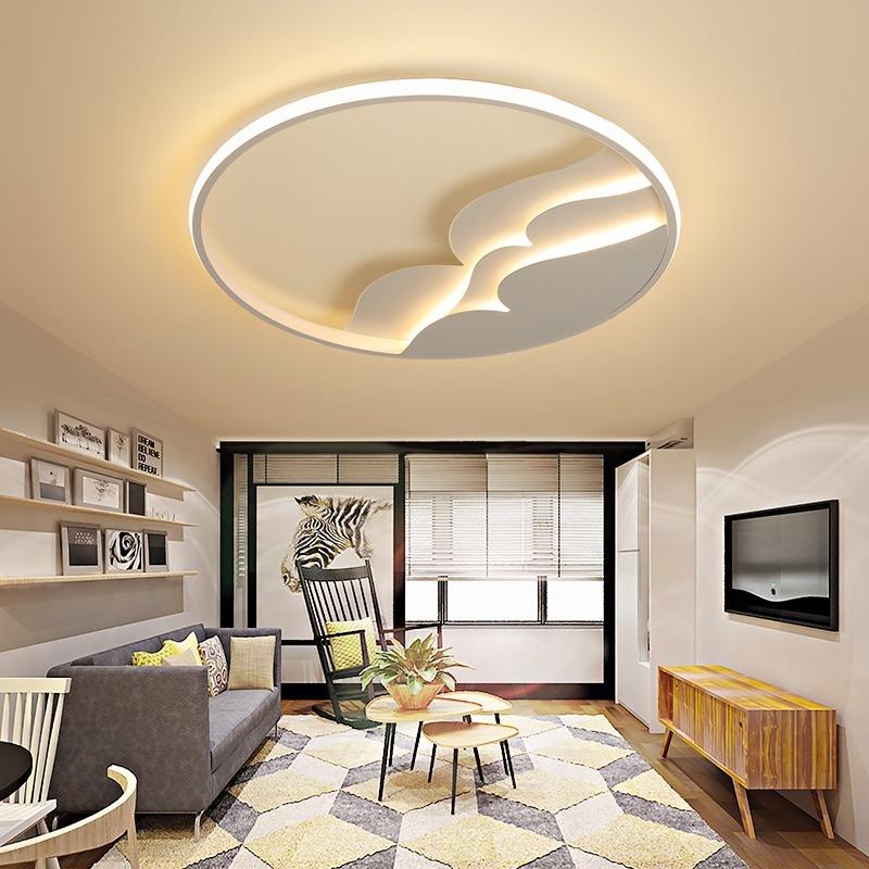 Nagy méretű mennyezeti lámpa nappaliba