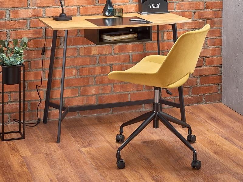 Sárga gyerekszobai szék