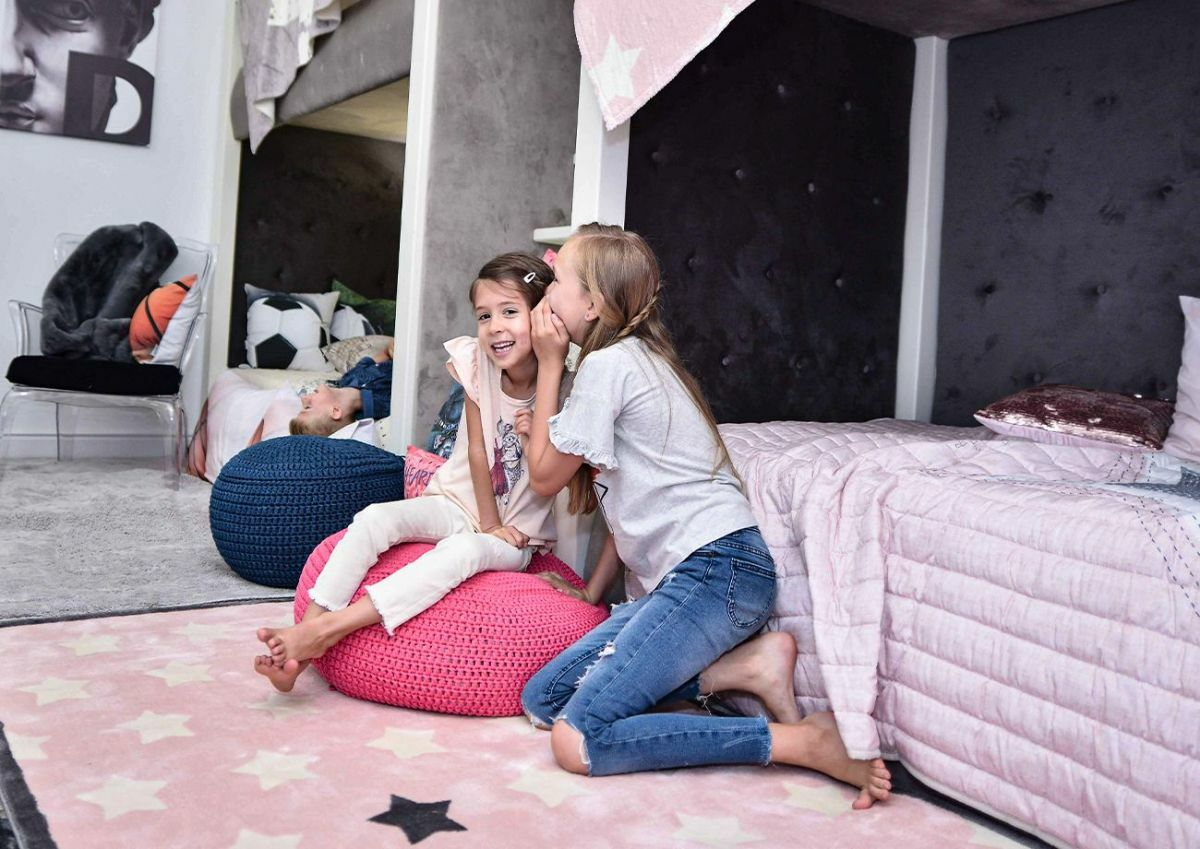 A minőségi pihe-puha szőnyegek magas komfortérzetet biztosítanak
