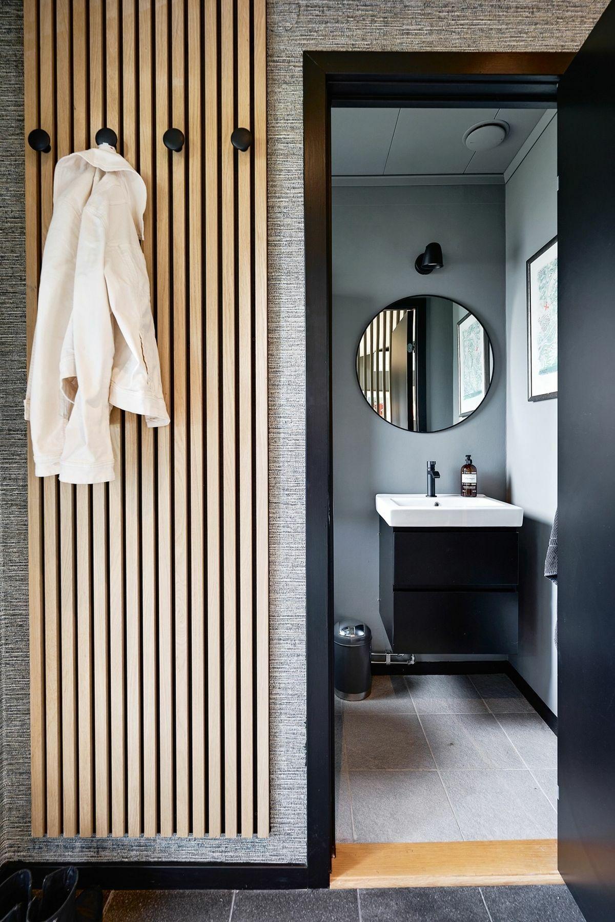 Kézmosós wc, ami az előszobából nyílik