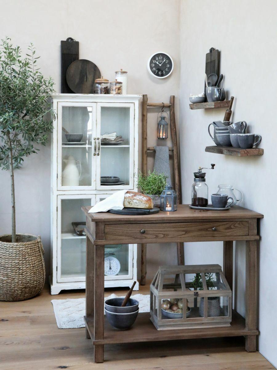 Farmhouse stílusú konyhai szekrény