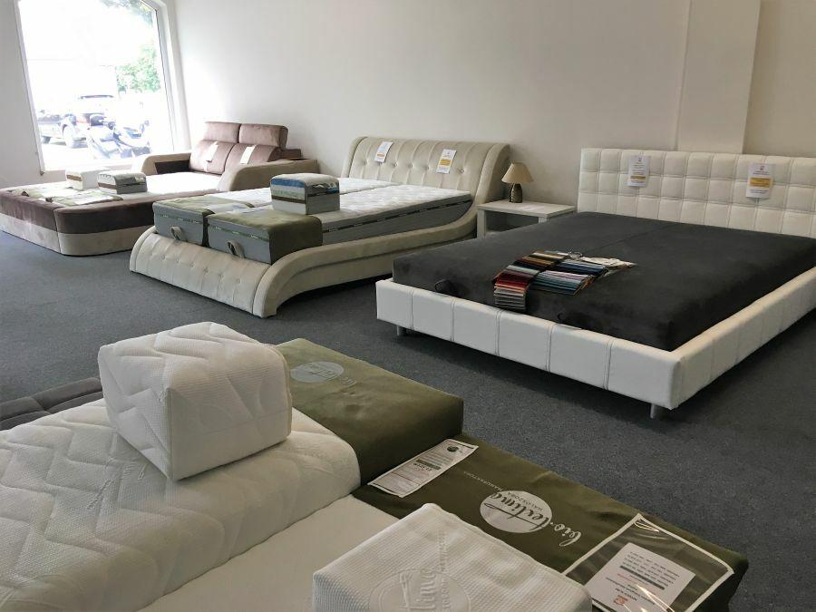 Egyes ágytípusok matrac helyett felépített, rugós fekvőfelülettel is elérhetők