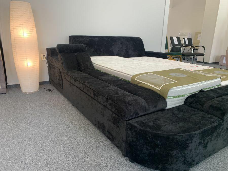 Palmas ágy állítható fejtámlás pamlaggal és beépített tárolóval