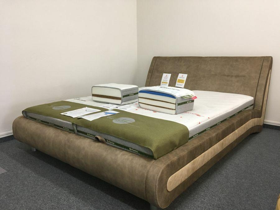 Modern vonalvezetésű Brooklyn ágy