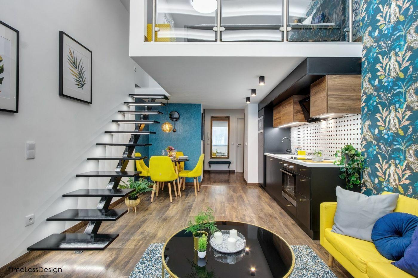Fiatalos design élénk sárga és türkiz színek kombinációjával