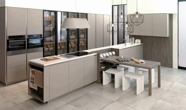 Luxus konyhabútor vitrines szekrényekkel